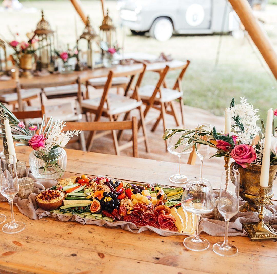 Love Vintage table